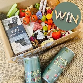 We've partnered with @chardolini to giveaway one of our favourite graze boxes with their delicious drinks! The perfect combo 🤍  For your chance to win simply:  ➕follow @spreadsandbreadsuk and @chardolini  👇 tell us who you'd share this tasty treat with! You can enter on either pages.  You must be 18 to enter. Enter by the 1st June. Full terms and conditions apply and can be found in the bio on @chardolini   #grazingtables #grazingtable #grazingtablesandcheeseboards #grazing #grazingplatter #grazingboard #grazingbox #solihullbusiness #solihull #solihullfood #solihullfoodie #birminghambusiness #birminghamfood #birminghamfoodie #foodtrends #spreadsandbreads #foodporn #platters #partyfood #eventcatering #foodevents #foodgifts  #spreadsandbreadssolihull  #weddingcatering #weddingcaterer #partycatering #partycaterer @solihullcouncil @solihullforsuccess