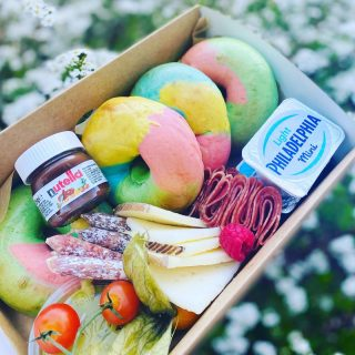 Rainbow Bagel Graze 🌈 🥯   Add to a brunch graze or order on its own our rainbow bagels are baked freshly each day and the colour when you cut them open is beaut 🌈🥯  £15 each and now come with toppings, this box featured mini pots of Philadelphia, avocado smash, Spanish cheese selection, charcuterie meats, vine tomatoes and a mini pot of Nutella.  #grazingtables #grazingtable #grazingtablesandcheeseboards #grazing #grazingplatter #grazingboard #grazingbox #solihullbusiness #solihull #solihullfood #solihullfoodie #birminghambusiness #birminghamfood #birminghamfoodie #foodtrends #spreadsandbreads #foodporn #platters #partyfood #eventcatering #foodevents #foodgifts  #spreadsandbreadssolihull  #weddingcatering #weddingcaterer #partycatering #partycaterer @solihullcouncil @solihullforsuccess  @philadelphia_uki @nutellauk @thetraditionalbagelcompany
