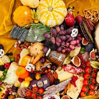 Autumnal grazing 🍂🍁  Getting together with family and friends to feast on cheese should be a weekend ritual. Creating grazing tables are our favourite thing to do, and this autumnal beaut is epic  Make a statement at your next event, whether the occasion is big or small, trust Spreads and Breads to create that show-stopping display of food that promises to amaze your guests, creating a fantastic atmosphere whether its an intimate gathering, a girls night in or a big celebration for a special birthday, wedding or product launch.  Our tables start from 1 METRE which is based on 30 people! We use flowers and foliage to adorn each adult display but if you have something extra special in mind let us know!   🧀 🥨🍇  #grazingtables #grazingtable #grazingtablesandcheeseboards #grazing #grazingplatter #grazingboard #grazingbox #solihullbusiness #solihull #solihullfood #solihullfoodie #birminghambusiness #birminghamfood #birminghamfoodie #foodtrends #spreadsandbreads #foodporn #platters #partyfood #eventcatering #foodevents #foodgifts  #spreadsandbreadssolihull  #weddingcatering #weddingcaterer #partycatering #partycaterer @solihullcouncil @solihullforsuccess