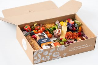 INCROWD Savoury feeds 4-7 people and is priced at £60  Our Grazing ECO Boxes are perfect for almost any intimate gathering, gift, celebration or holiday – Mother's Day, Father's Day, Christmas, Valentines Day or Easter. Take them on picnics, to open air cinemas, race days, hen parties or even business meetings where you don't want the hassle of washing-up. Once demolished you can just recycle or compost our UK made ECO BOX and containers!  Our INCROWD graze typically comes with two varieties of crackers, six varieties of cheese - this graze includes Brie, Stilton, goats Cheese with edible rose petals, Comte, chilli and jalapeños and port hard cheese. All grazes include a selection of fresh fruits and vegetables, charcuterie meats, chutney, pate, pork pie, falafels, olives and pickles, nuts and some hidden treats. We can make these vegetarian and vegan too, just ask!   🧀 🥨🍇  #grazingtables #grazingtable #grazingtablesandcheeseboards #grazing #grazingplatter #grazingboard #grazingbox #solihullbusiness #solihull #solihullfood #solihullfoodie #birminghambusiness #birminghamfood #birminghamfoodie #foodtrends #spreadsandbreads #foodporn #platters #partyfood #eventcatering #foodevents #foodgifts  #spreadsandbreadssolihull  #weddingcatering #weddingcaterer #partycatering #partycaterer @solihullcouncil @solihullforsuccess
